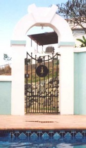 Private residence on the Island of Vieques, Puerto Rico. Gecko is waterjet cut from 1/8 plate.