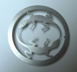Gecko trivet waterjet cut